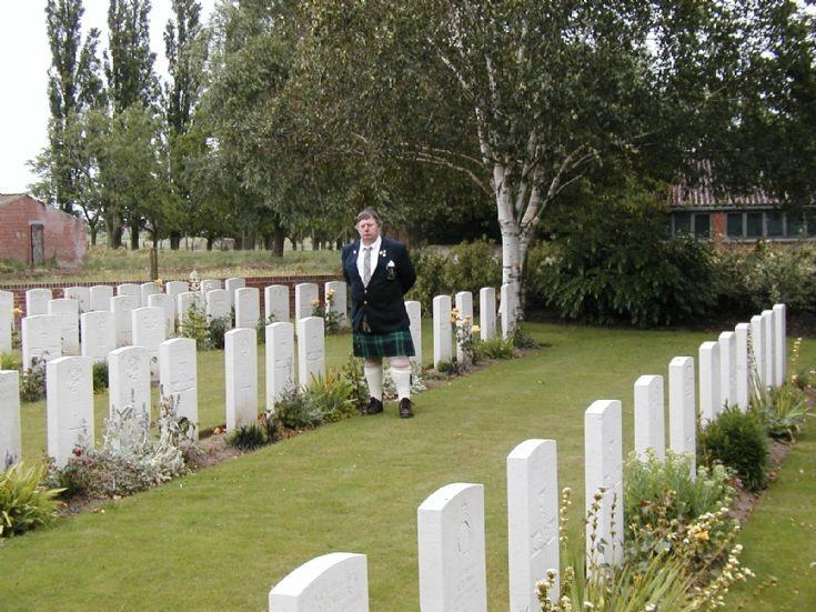 Douglas Abercrombie at Donald McCook's grave, Belgium