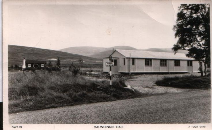 Dalwhinnie Hall and cottage