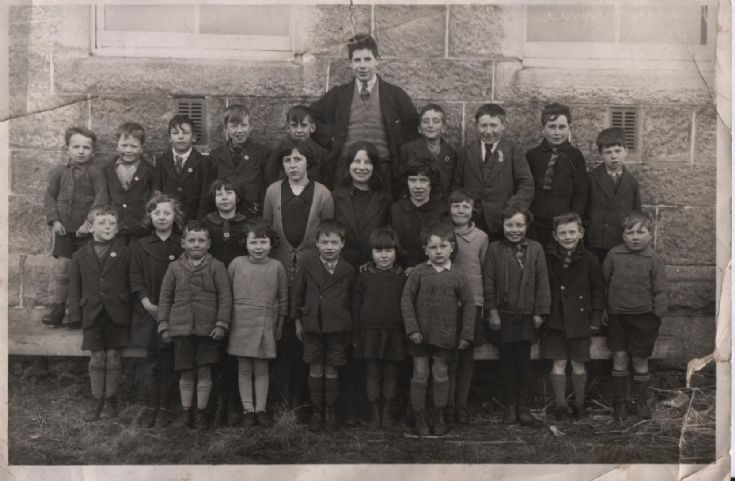 Dalwhinnie School 1927