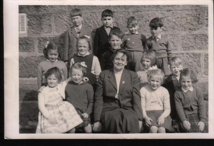 Dalwhinnie school pupils