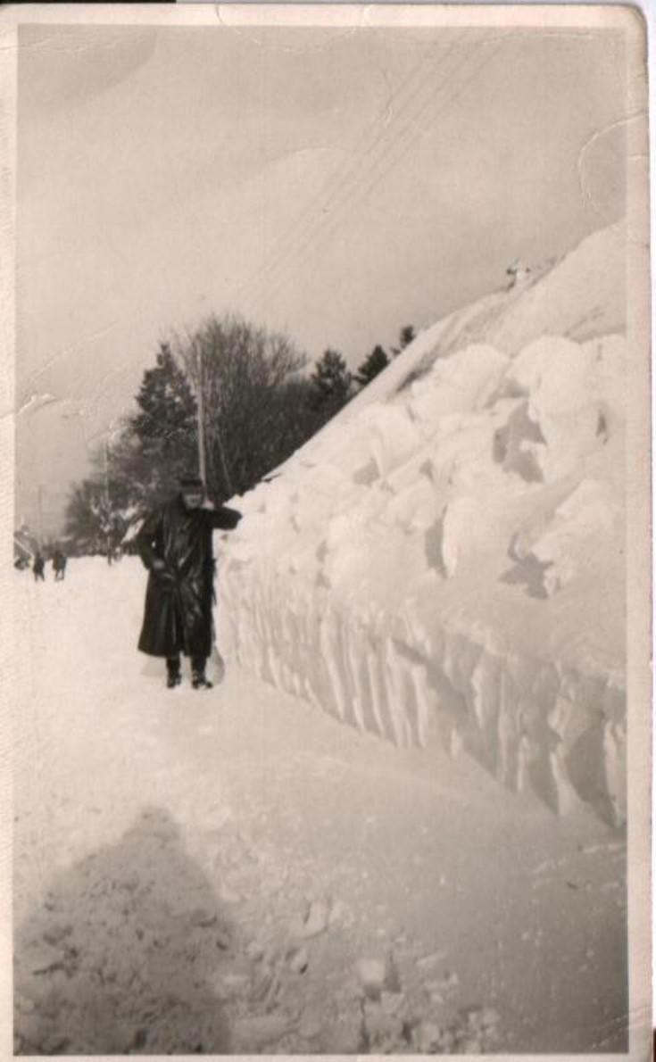 Snowbound Loch Ericht hotel