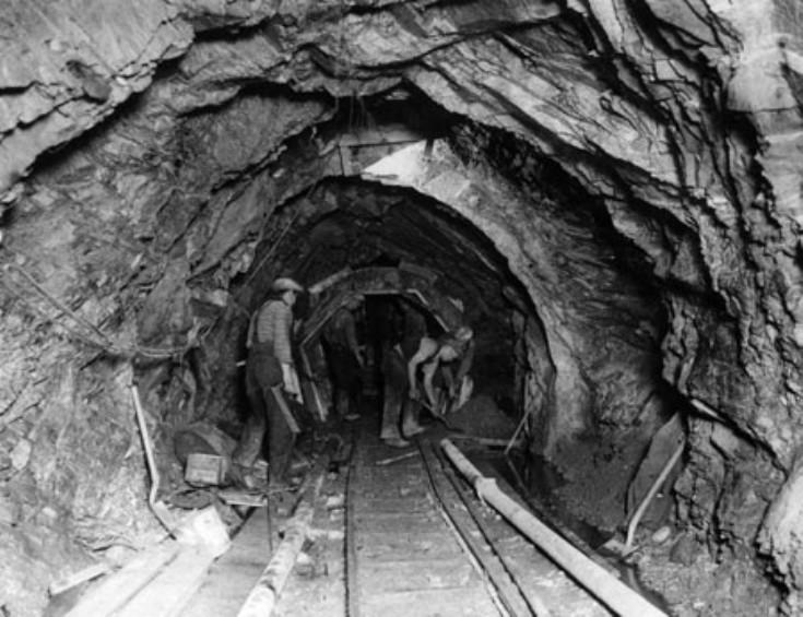 The Ericht - Garry tunnel