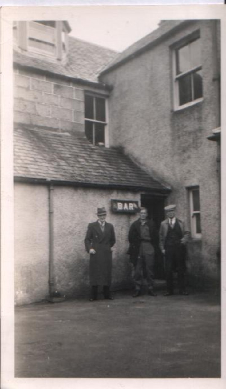 Jack Johnston, Joe Pinkerton & Davie Craib at the Loch Ericht Hotel