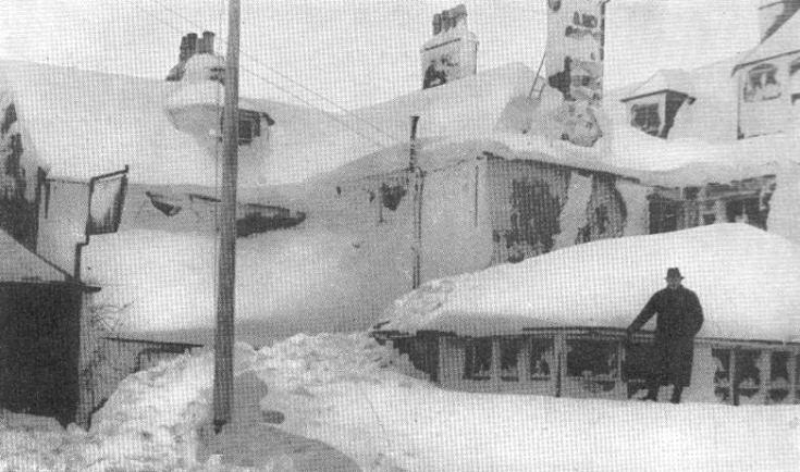 Loch Ericht Hotel after snowstorm - Feb 1940