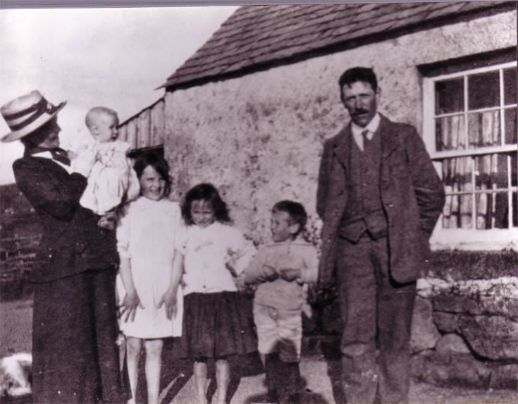 Shepherds cottage at Loch Ericht early 1920's