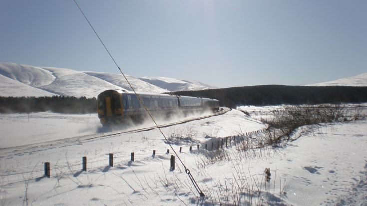 Train leaving Dalwhinnie