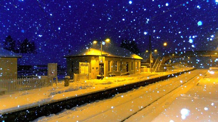 Dalwhinnie station in the snow