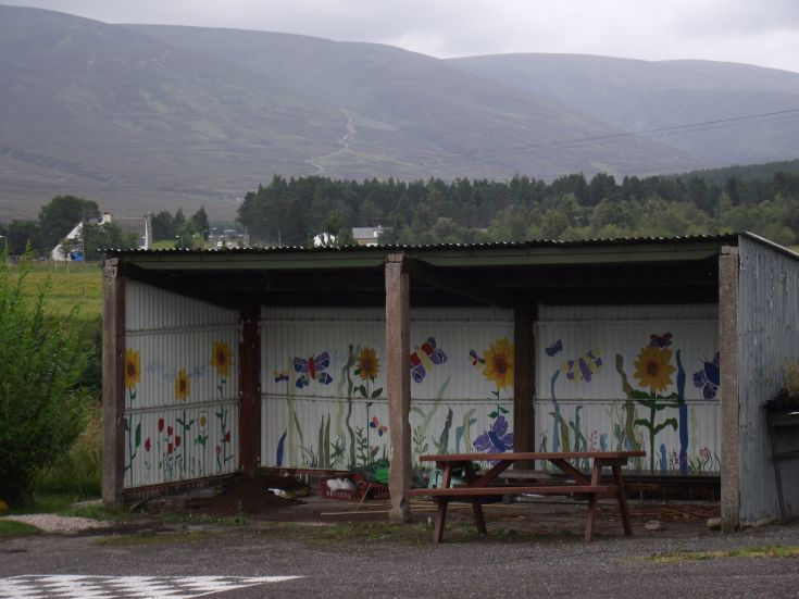 Dalwhinnie primary school shelter